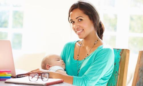 Praca i dziecko niemowle
